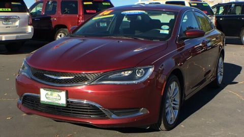 Pre-Owned 2016 Chrysler 200 Limited FWD Sedan